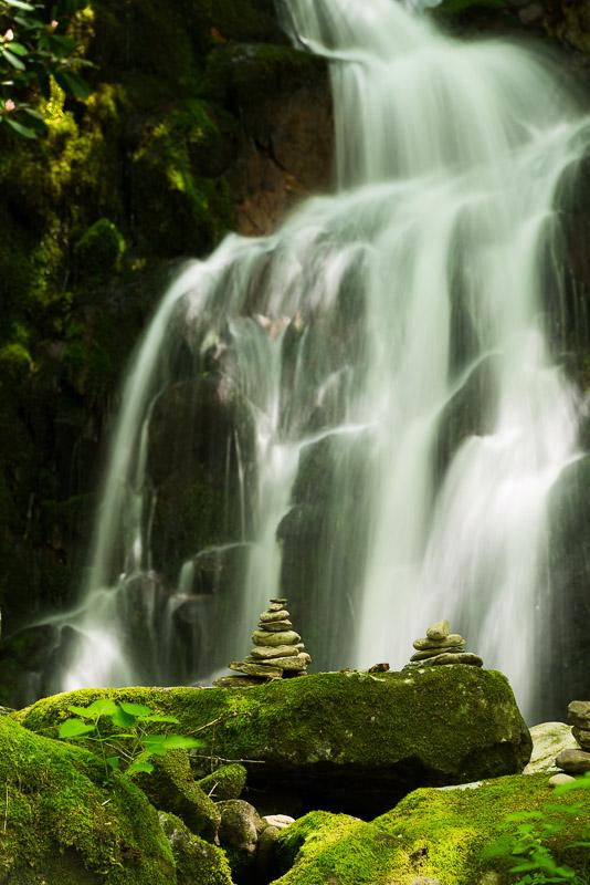 Mouse-Creek-Falls-1-7-5-14